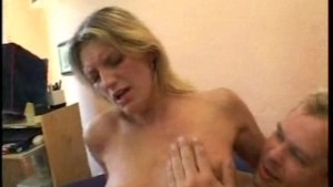 Blonde amateur girlfriend sucks and fucks with cumshot