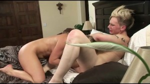 Drew Deveaux and Avy Scott Eat Pussy