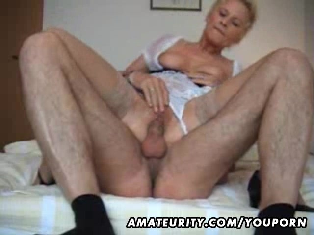 amateur milf young