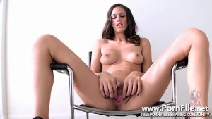 Tiffany Thompson in Beauty And The Seat