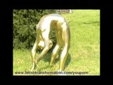 Flexible golden bodypainted Jenny
