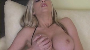 Spectacular Babe Pussy Stuffed
