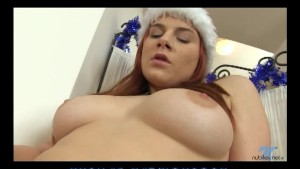 Redhead amateur fucks herself to orgasm
