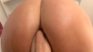 Sexy Big Butt Blonde Gets Assfucked!