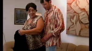 busty chubby moms loves sex