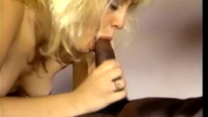 Girl fucks a big black cock in her office - CDI