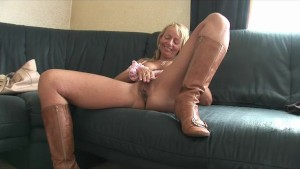 Older Lady Strips And Gives Head - Julia Reaves