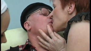 Old guy gets sucks and fucked by two ladies - Julia Reaves