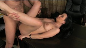 FakeAgent Mature brunette takes anal in casting