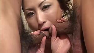 Asian babe Kei gives amzing double blowjob