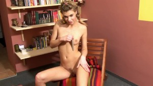 This Babe Loves Her Silver Vibrator - Mavenhouse