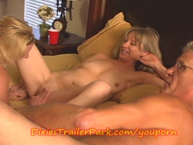 trailer trheesome bisexual fucking