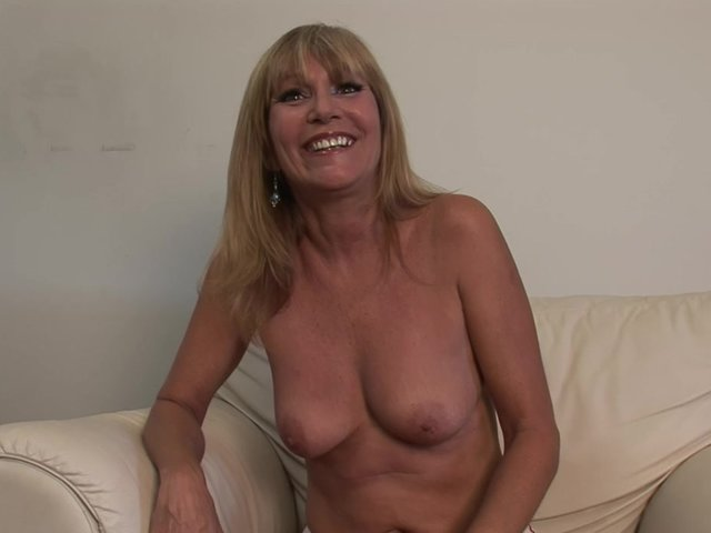 Busty amateur video clips free