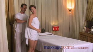 Massage Rooms Warm oil foreplay ends in creampie