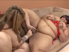 Couple Of SSBBW Eat Eachother Out - Black Market