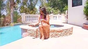 Pool babe sucks some big black cock - Black Market