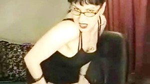 Horny MILF plays with herself on webcam