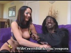 Hot Melissa Fucks Well-Hung Black