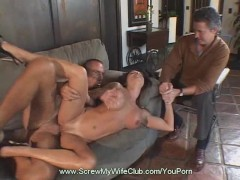 - Horny Housewife Gets S...