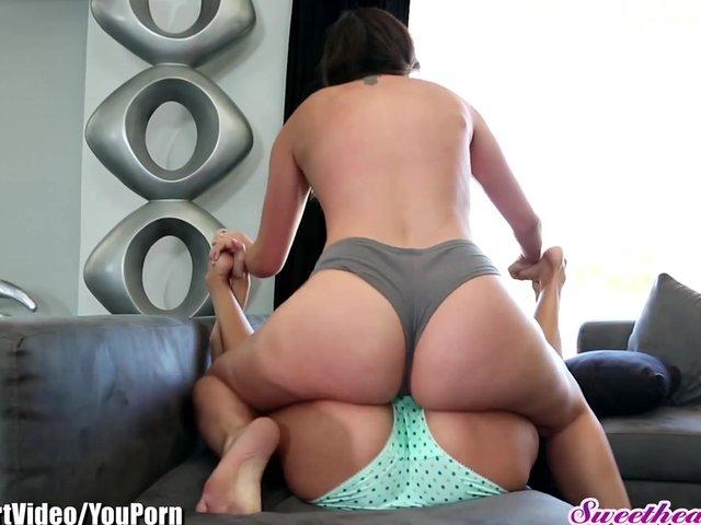 lesbian wet panties
