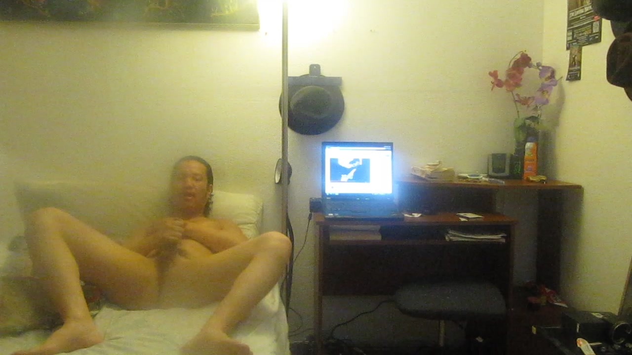 HUNK FANTACISING RIDING PUSSY WHILE ITS ON TOP OF HIS COCK