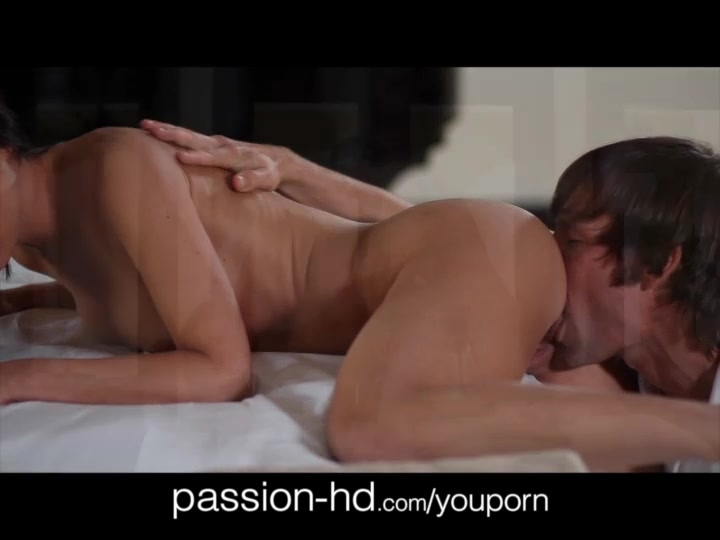 PassionHD Massage and Sex Near Pool