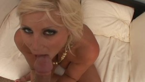 Hot Cougar Lets Me Tit Fuck Her - Chris Charming