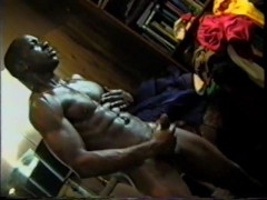 Hung Thug Jerking-Off - Encore Video