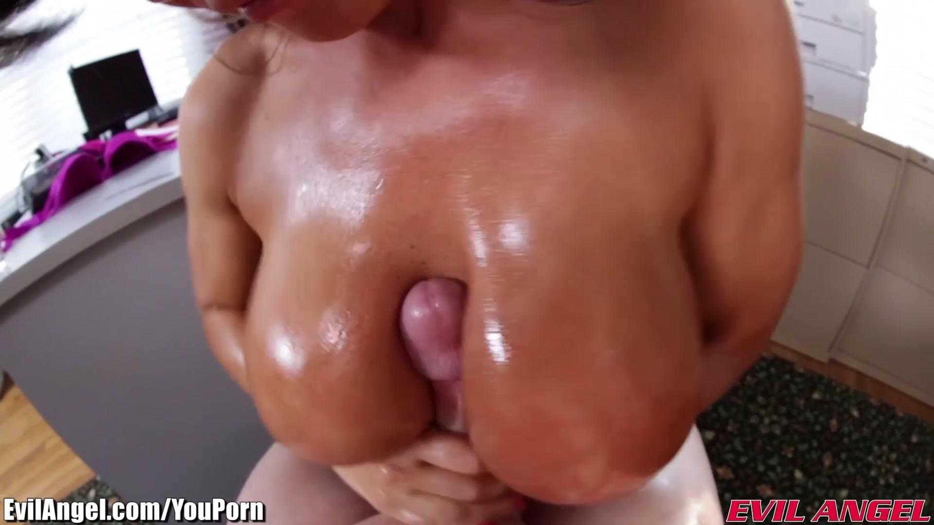 Смотреть бесплатно порно ролики лиз 22 фотография