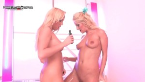 Dildo sharing blondes