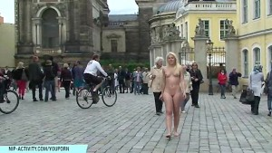 Blonde Sandra Shows Her Naked Nice Body In Streets