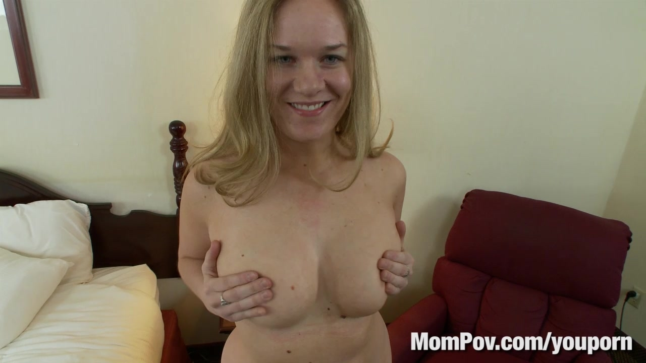 squirting latina has the scrunchiest o face