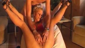 Hot amateur Milf masturbates, sucks and fucks with cumshot