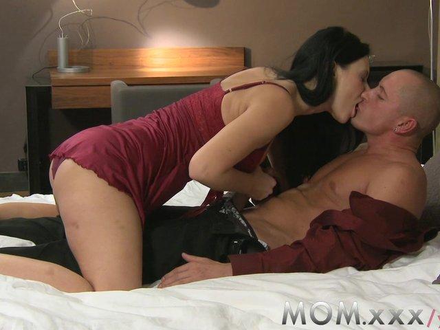 Wifes sensual deep throat