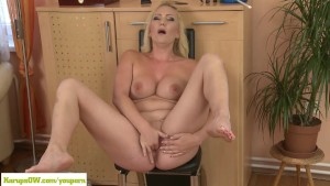 Mature Housewife Caroline Masturbates