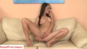 Donna Joe Rubs Her Sensitive Clit