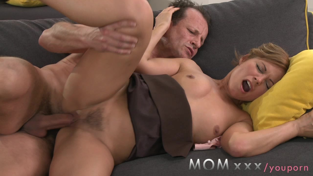 Brunette MILF gets fucked before date night starts