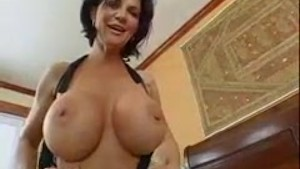 mature deauxma squirting on another dick