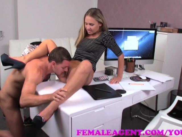 female agent casting les