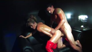 Sexy Stripper Capri fucks a hung customer