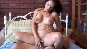 Sexy MILF Sandy enjoys a sticky facial cumshot