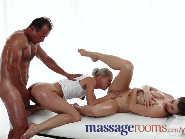 eroticheskiy-massazh-orgazm-zhenskiy