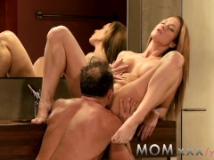 MOM Couple making love on the bathroom floor