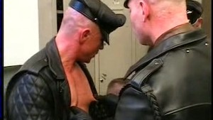 Hot Gay Men in Leather