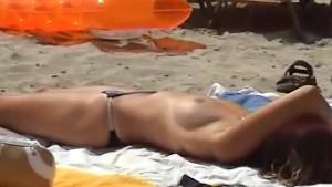 Beach hunting for hot girls
