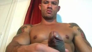 Vitor, a very sexy athletic male get wanked his huge cock by us !