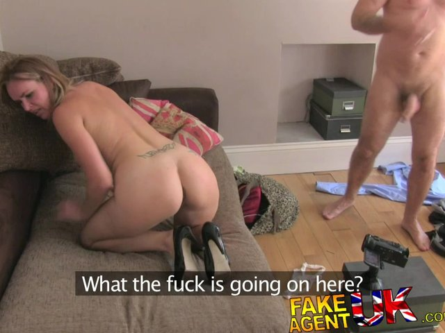 nude-fake-housewife