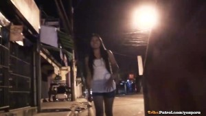 Filipina streetwalker sucks a mean dick and gets pussy creamed
