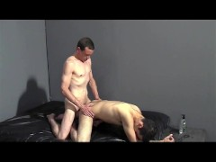 Blowjob and fuck time for these two guys - Factory Video