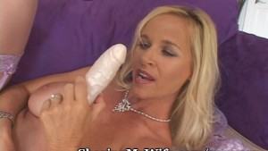 Dirty Talking Milf Stuffs Herself
